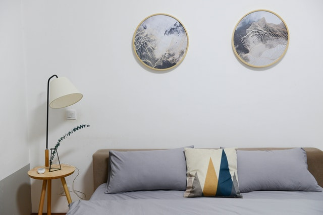 White Bed Room Wall Paint Design