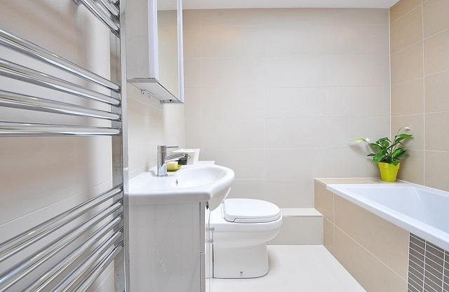 Lite Chocolate Tiles Bathroom Design Ideas