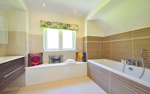 Texture Tiles Bathroom Decor Ideas