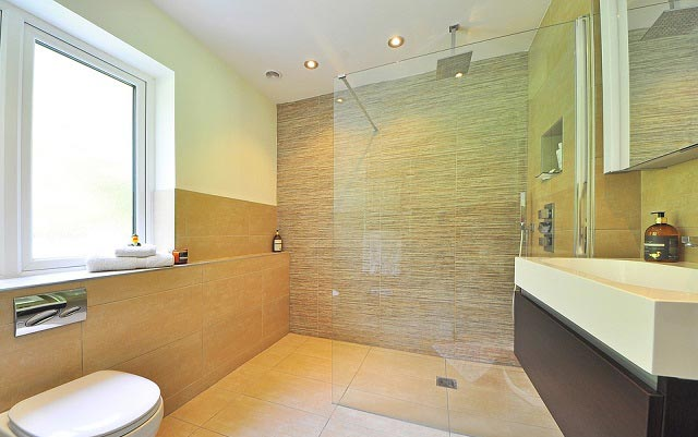 Wood Tiles Bathroom Design Ideas
